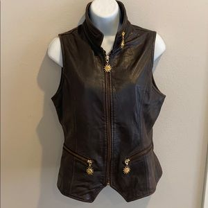 Cachet brown leather fitted vest medium